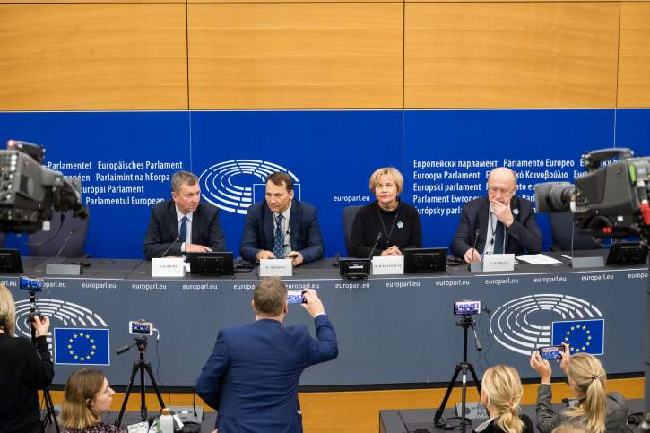 Press conference on the distortion of European history and remembrance of WWII